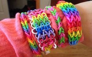 Como fazer uma pulseira de elástico